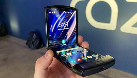 Гибкий смартфон Motorola Razr можно заказать в Украине: цена