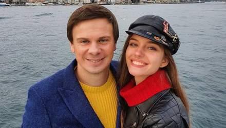 Жена Дмитрия Комарова двусмысленно прокомментировала его фото: Едь уже, сколько можно