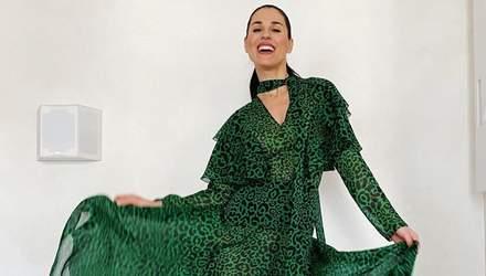 Маша Єфросиніна викидає сміття у вишуканій сукні та на підборах: кумедне відео