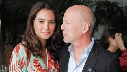 Дружина Брюса Вілліса воз'єдналася з коханим у будинку його колишньої Демі Мур: фото