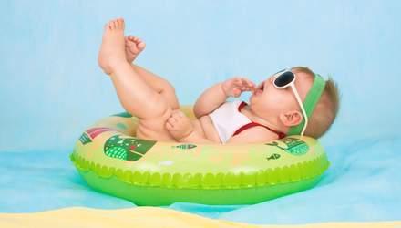 10 мифов о купании детей, в которые лучше не верить