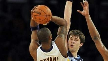 Бил в бедро: украинский баскетболист признался, что хотел нарочно травмировать Коби Брайанта