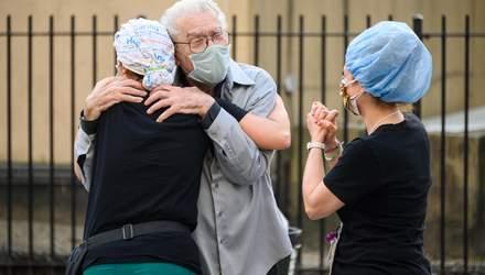 Понад 20 тисяч заражених COVID-19: скільки людей захворіли та одужали в Україні за добу