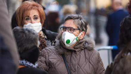 Пик коронавируса нас ожидает осенью, – вирусолог о COVID-19 в Украине