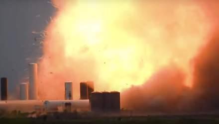 Космічний корабель Маска вибухнув під час випробувань – відео