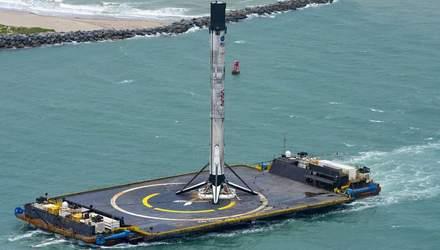 SpaceX доправила в порт ступінь ракети Falcon 9: відео