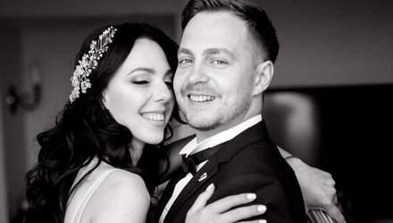 Вратарь сборной Украины Олег Петров женился на певице Сони Кей: фото
