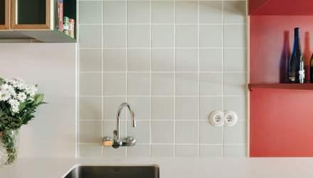 Лесная кухня и розовый коридор: пример бюджетного обновления интерьера квартиры – фото