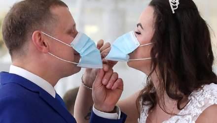 На Прикарпатье запретили праздновать свадьбу в кафе из-за COVID-19