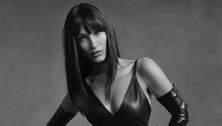 У мінішортах та шкіряному костюмі: Белла Хадід підкорила зухвалою зйомкою