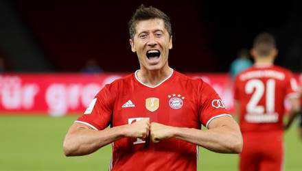 Ляп голкипера: удивительный гол Левандовского в Кубке Германии – видео