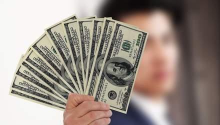 Долар росте відносно інших валют через велику кількість хворих на COVID-19: деталі