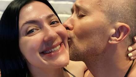 Іменинниця Сніжана Бабкіна показала миле фото з дитинства, а чоловік засипав її привітаннями