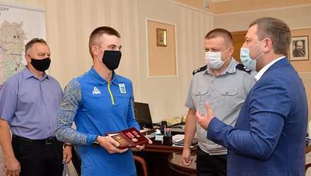 """Дмитрий Пидручный получил орден """"За заслуги"""" III степени: фото и видео"""