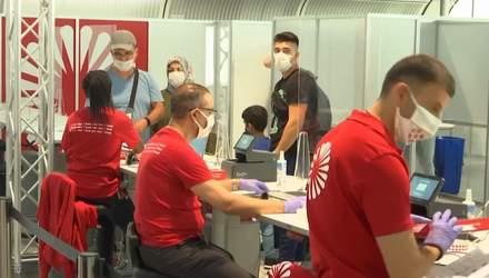 Німеччина тестуватиме на COVID-19 туристів з небезпечних країн: Україна у списку