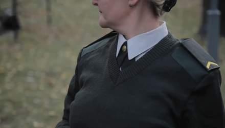 """Техніка війни: Як одягаються жінки в армії. Потужні ракетні комплекси """"Грім-2"""" та """"Нептун"""""""