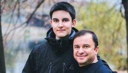Сеть растрогали фото первых дней жизни младшего сына Виктора Павлика: трогательные кадры