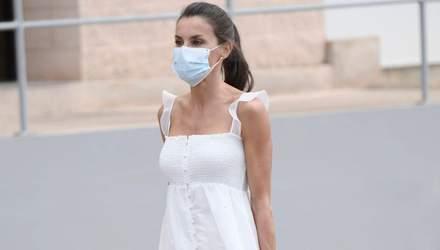 В белом сарафане: королева Летиция продемонстрировала безупречный летний образ – фото