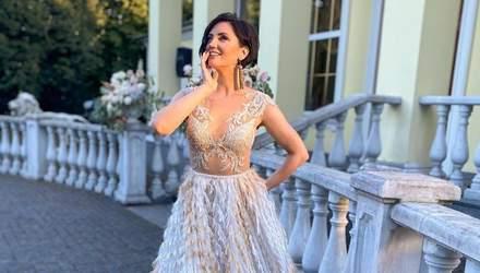В голубом платье: Оля Цибульская поразила необычным образом от украинского бренда – фото
