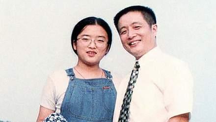 Тато і дочка 40 років робили фото на одному і тому ж місці: щемливі фото