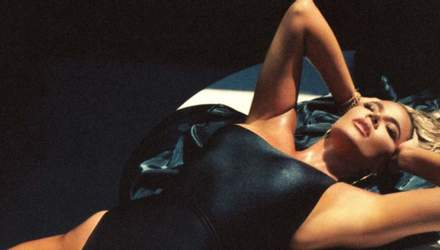 Хлої Кардашян показала смагляве тіло у стильному купальнику: спокусливі фото