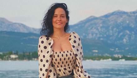 В леопардовом платье с пикантным декольте: Даша Астафьева ошеломила сексуальным образом