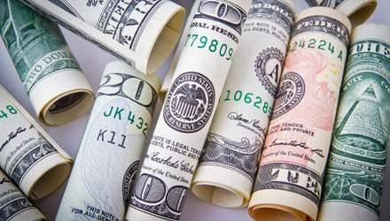 Гривна продолжает падать: ждать ли роста доллара на этой неделе