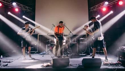 Группа The Unsleeping рассказала о творчестве на карантине, продюсере и концертах