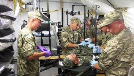 Полевой мобильный госпиталь подготовили ко второй волне пандемии COVID-19: чем он оснащен