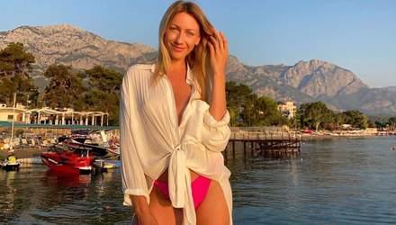 У пікантному купальнику: Леся Нікітюк похизувалася пишними грудьми – відео