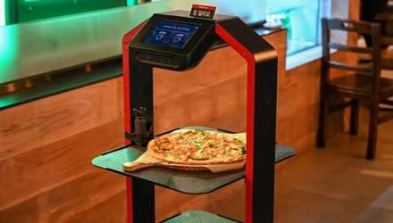 Роботи замінили офіціантів у ресторанах Південної Кореї: вражаючі фото