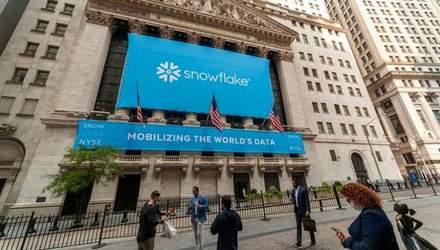 Стартап Snowflake провів найбільше IPO в історії софтверних компаній: Воррен Баффетт оцінив