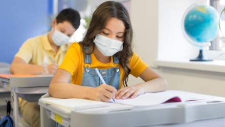 Сколько учеников и учителей в Киеве и области заболели COVID-19: данные
