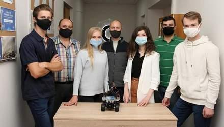Українські студенти створили робота, який вимірює температуру: фото