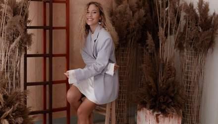 У сукні з квітковим принтом: Даша Квіткова зачарувала ніжним образом – фото