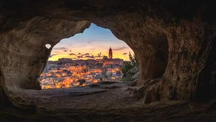Не Петрою єдиною: 4 масштабні підземні поселення з  усього світу – фантастичні фото
