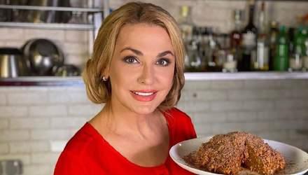 """Торт """"Муравейник"""" без выпекания: кулинарный рецепт от Ольги Сумской"""