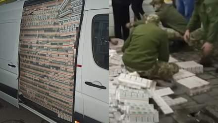 200 тисяч пачок сигарет у бусику: як псевдодипломат попався на гарячому