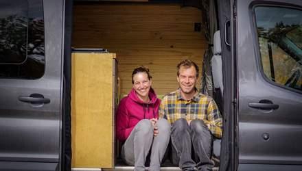 Покинули карьеру и переделали фургон на дом: как влюбленные изменили свое стандартное жизни