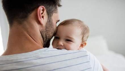 Депресія у чоловіків: як впливає активний догляд за дитиною
