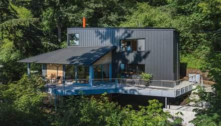 Японский дизайн и цирковые палатки: в США креативно отремонтировали старый дом в лесу – фото