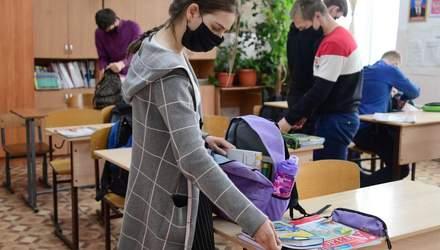 Скільки учнів та вчителів у Чернівцях захворіли на COVID-19: деталі