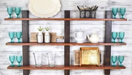 Открытые полки на кухне: как их красиво декорировать