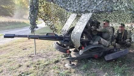 Як знешкодити терористів: захопливі фото та відео антитерористичних навчать на Сумщині
