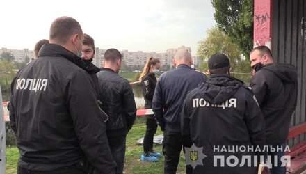 У Києві розкрили жахливе вбивство жінки на зупинці: фото