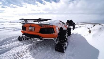 Спорткари на снігу: з Lamborghini зробили танк на гусеницях – відео