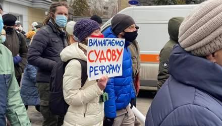 Акции в поддержку Стерненко: активисты дали Зеленскому время до 9 марта