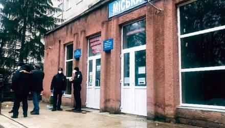 Погибший мог задохнуться: новые детали смертельного пожара в ковидной больнице в Черновцах