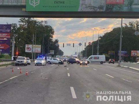 поліцейський влетів у вантажівку 8 вересня 2021 Був п'яний напевно