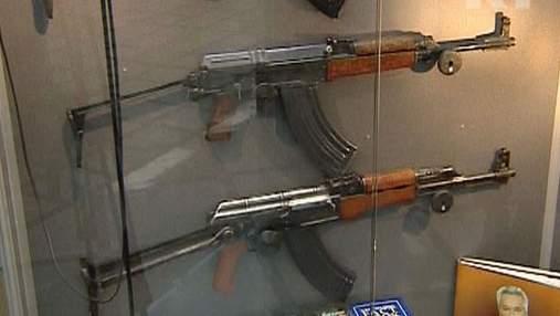 Автомат Калашникова – найвідоміша зброя у світі